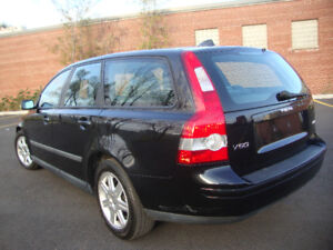 2006 Volvo V50 Wagon AUTO $ 5,390 S-Roof 134,684 Km Mags 8 tires