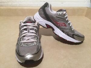 Women's Saucony Cohesion 4 Running Shoes Size 7.5 London Ontario image 3