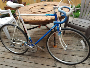 Tall Norco in great condition