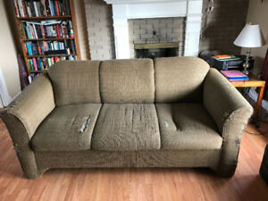 Free couch come and get it