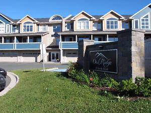 Two Bedroom unit at Oakridge Condominiums $289,900 MLS1138025