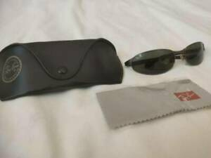Rayban Sunglasses Model RB3142 Very Good Condition $65