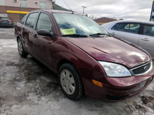 2007 Ford Focus Sedan! NEW MVI !! WINTER TIRES !! HEATED SEATS