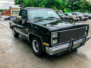 1984 Chevy Pickup - Super Clean!