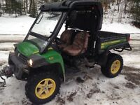 2012 John Deere Gator 825i (Side by side)