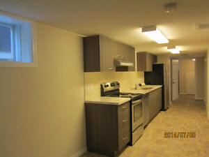 LOCATION LOCATION - SUNNYSIDE 1 BR. IN CHARACTER HOME-5M WALK DT
