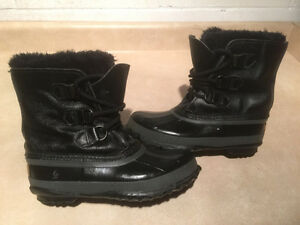 Women's Sorel Leather Winter Boots Size 5 London Ontario image 5