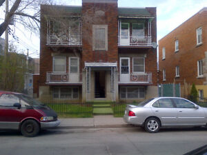3 1/2 Heated Apartment in Park Extension at Stuart & Jarry