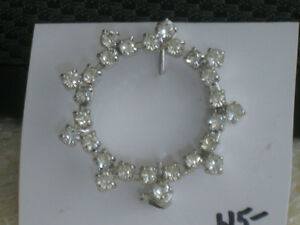 STYLISH OLD VINTAGE ROUND RHINESTONE BROOCH ['60's]