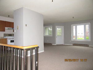 LOVELY 2 BDROOM/2 LEVEL CONDO- CENTRAL HFX