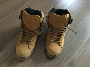Men's Winter boots - Element, Size 9