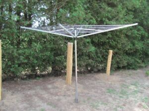 SAVE MONEY WITH THIS BRABANTIA OUTDOOR CLOTHES DRYER!