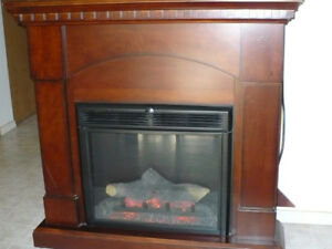 Electric Fireplace w/ Cherry Wood Mantle & Heater Insert
