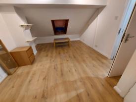 Loft room to rent