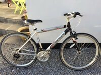 Men's hybrid Barrcuda bike