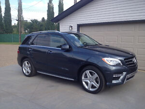 2014 Mercedes ML350 with 16 months of warranty left!