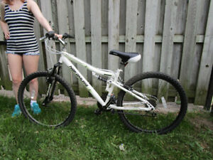Like new full suspension Adult mountain bike