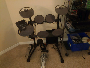 Barely Used Yamaha DTX450K Electronic Drum Kit