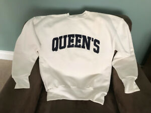 QUEEN'S University Crewneck Sweatshirt – XL