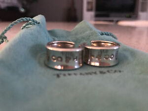 * ~ Authentic Tiffany & Co. jewellery & accessories ~ *