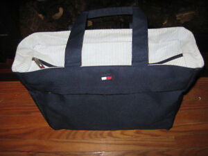 WOMANS DESIGNER BAG BABY DIAPER CARRING BAG Cambridge Kitchener Area image 3