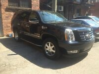 2007 Cadillac Escalade: low mileage, fully loaded!