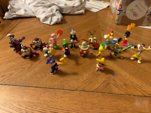16 Vintage Loonie Toons Characters For Sale Or Trades $20