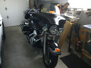 For sale 2005 Harley Davidson Ultra Classic.