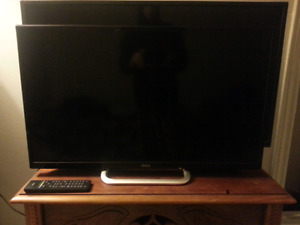 "32"" Haier 720p LED TV