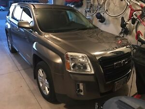 2010 GMC Terrain SLE AWD - Just in time for Winter!!!