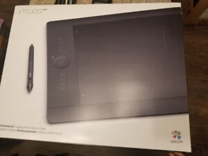 Wacom Intuos Pro Large Graphic Tablet