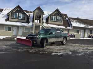 2004 Chevrolet Avalanche 4x4 With SNOW PLOW