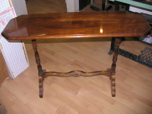 BELLE TABLE CONSOLE APPOINT BRUN NOYER VERNIS