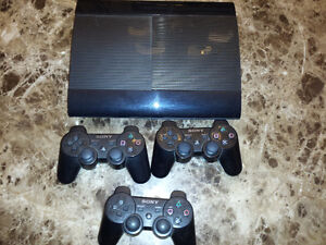 Playstation 3 slim+4 jeux