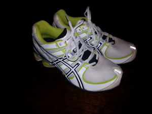 Women's Asics Gel-Frantic 5 Size 7.5