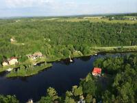 Maison chalet bord l'eau ESTRIE 168 pieds de façade sur le lac