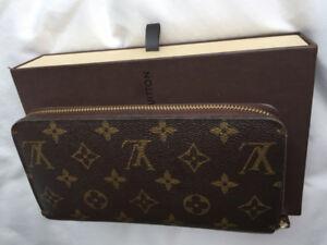 Authentic Louis Vuitton LV Zippy Monogram Wallet