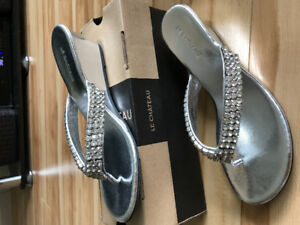 Never worn wedge Le Chateau sparkly shoes - size 8.5