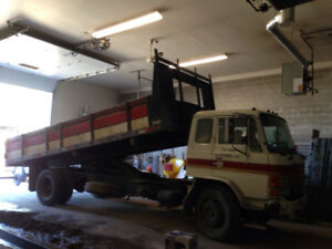1988 HINO 5 TON DUMP TRUCK DISEL FE - Great Condition!