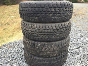 Four 185/65R15 Winter Tires Excellent Tread