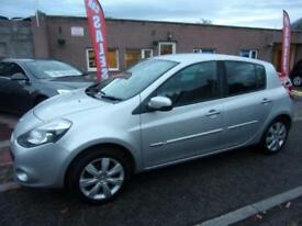 RENAULT CLIO 1,2 privilege tomtom tce 2010 Petrol Manual in Silver