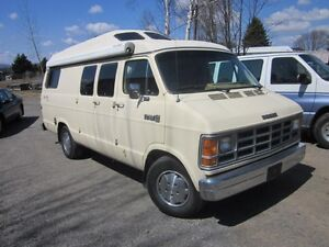Dodge Ram 250 Roadtrek  -Non négociable-