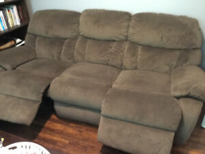 Reclining Sofa Like New