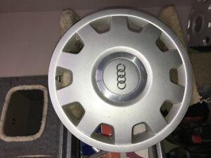 Audi Hubcaps (set)