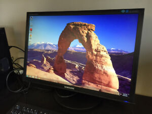 """19""""-24"""" Computer Monitors For Sale With 6 Months Store Warranty"""