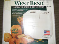 West Bend.ROBOT BOULANGER neuf. Cuiseur de pain et de pâte