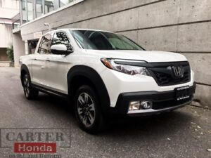 2017 Honda Ridgeline Touring + CLEAN + MANAGERS SPECIAL