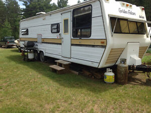 30 ft trailer perfect for Hunt camp