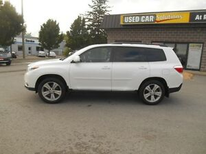 2013 Toyota Highlander Sport AWD Peterborough Peterborough Area image 3