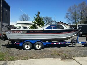 RARE FIND !!! GLS 220 SEA NYMPH GREAT CONDITION !!